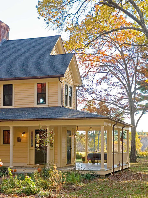 Farmhouse With L-Shaped Porch Home Design Ideas, Pictures
