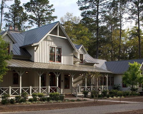 Painted board and batten siding home design ideas for Board and batten farmhouse