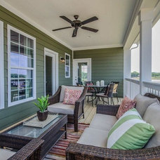 Traditional Porch by M/I Homes