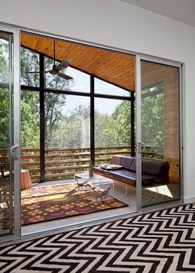 Trendy Veranda by Forsite Studio
