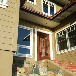 Inspiration for a craftsman porch remodel in San Diego