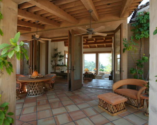 Mexican furniture houzz for Mexican porch designs