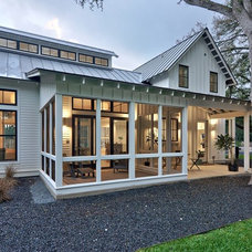 Farmhouse Porch by Redbud Custom Homes