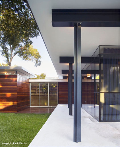 modern porch by Baldridge Architects