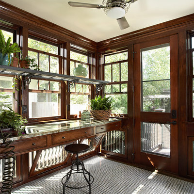 Inspiration for a small craftsman porch remodel in Minneapolis