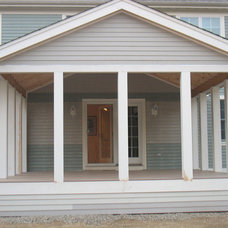 Traditional Porch by KNM Construction