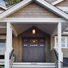 Traditional Porch by Richardson Homes Ltd