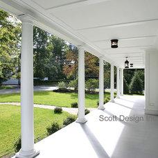 Farmhouse Porch by Scott Design, Inc.