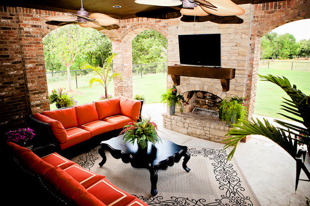 Traditional Porch by Huffman Construction