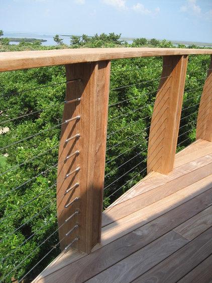 Contemporary Porch by Beacon Architecture & Design