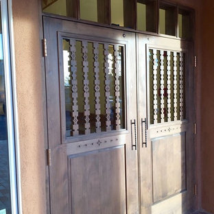 This is an example of a southwestern porch design in Albuquerque.