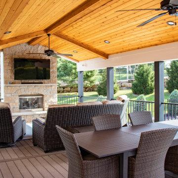 Outdoor Room   Pool-Side