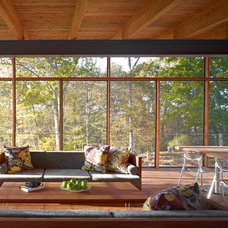 Midcentury Porch by Billinkoff Architecture PLLC