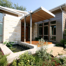 Contemporary Porch by GGOArchitects