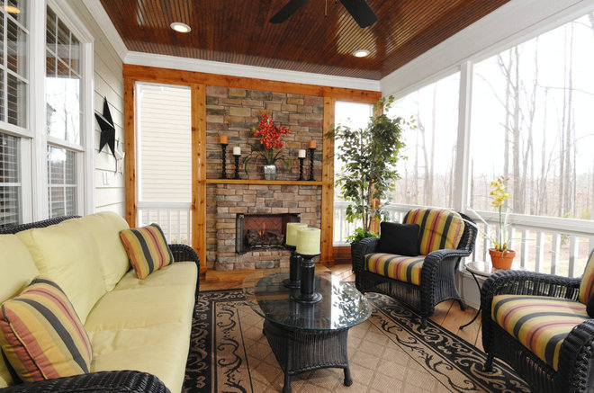 Traditional Porch by Overland Remodeling & Builders