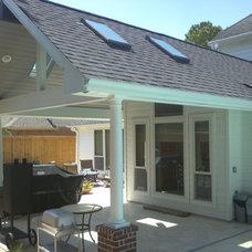 Traditional Porch by Dream Concept Design