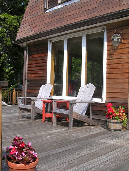 Traditional Porch Penobscot Bay Cottage