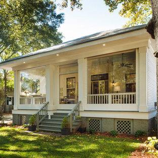 Arts and crafts screened-in back porch idea in Miami