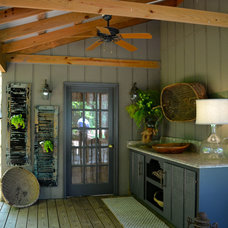 Traditional Porch by cullen and company