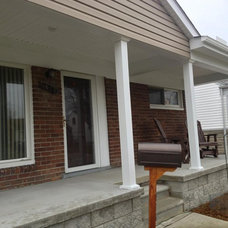 Traditional Porch by TITTLE BROTHERS CONSTRUCTION