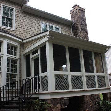 Raleigh Manor Screen Porch
