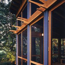 Modern Porch by Brennan + Company Architects