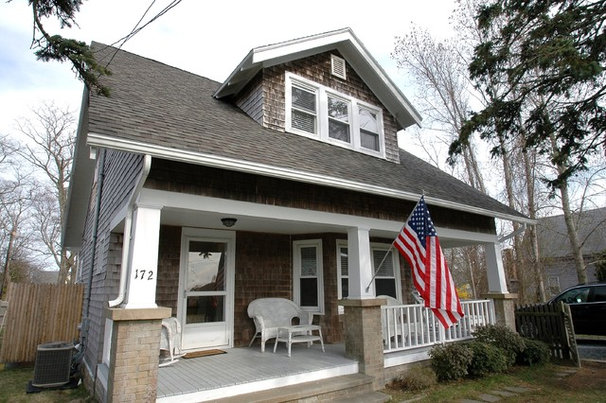 Craftsman Porch by New England Design & Construction
