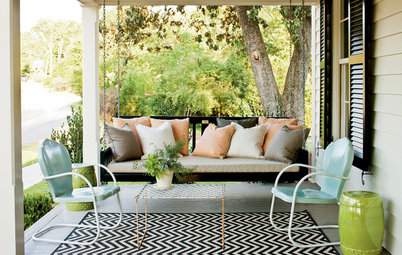 Dream Spaces: Gracious, Spacious Front Porches