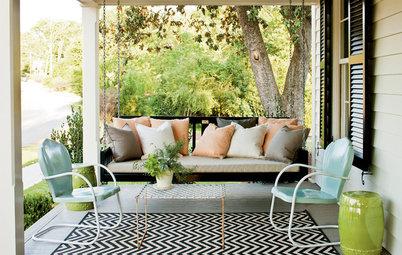 Dream Spaces: Gracious, Spacious Front Porches