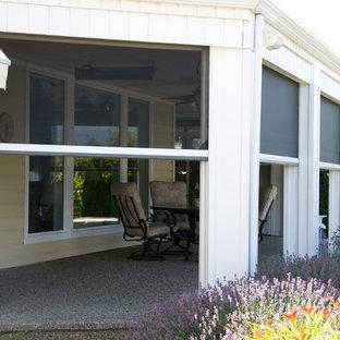Minimalist porch idea in Vancouver