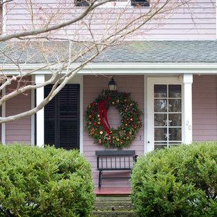 Cette image montre un porche traditionnel avec une extension de toiture.
