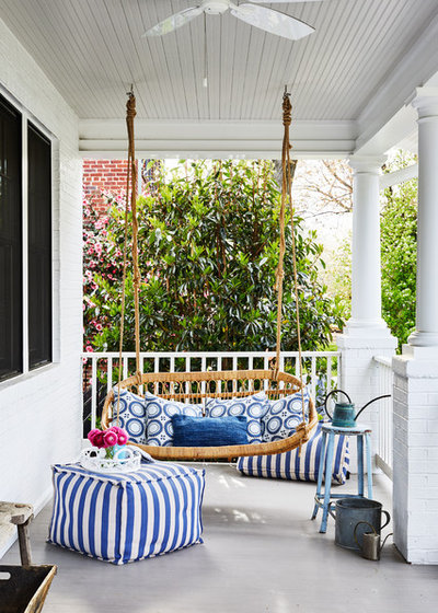 Beach Style Porch by Laura Campbell Architecture