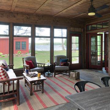 Round Lake Lodge