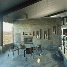 Modern Porch by deMx architecture