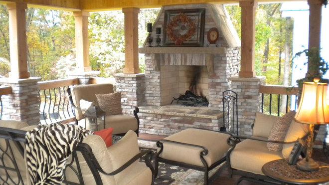 Traditional Porch Rustic outdoor room