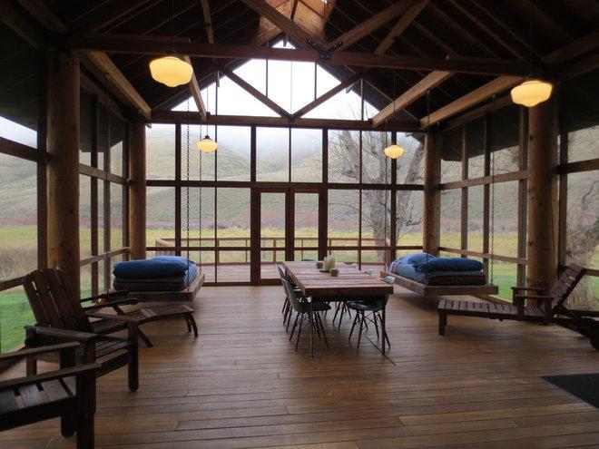 Rustic Porch by Circa Interiors Ltd.