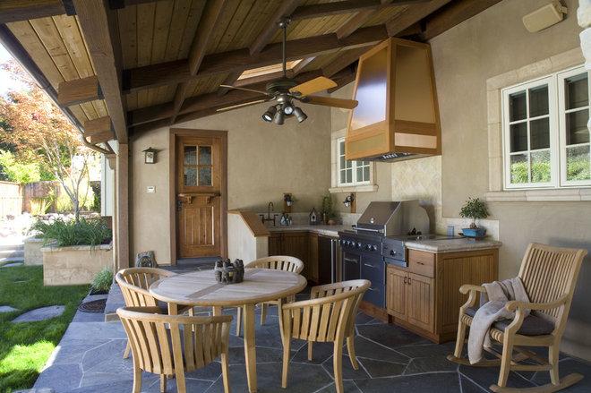 Traditional Porch by Conrado - Home Builders