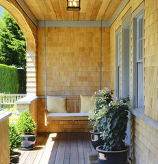 traditional porch by Shelter 7