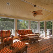 Tropical Porch by Mosby Building Arts