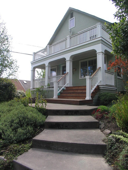 Traditional Porch by Motionspace Architecture + Design