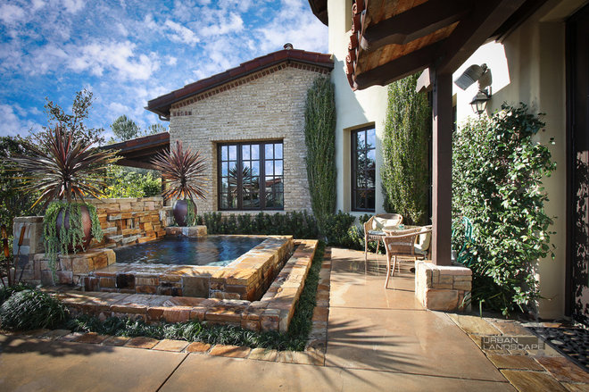 Mediterranean Porch by Urban Landscape