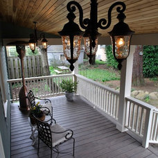 Craftsman Porch by Roloff Construction, Inc