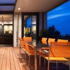 Backyard Lounge Chair Supersize