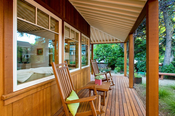 Rustic Porch by Marcus & Willers Architects