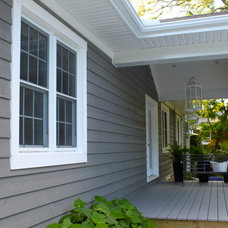 Traditional Porch by K WINN Custom Building Group Inc.