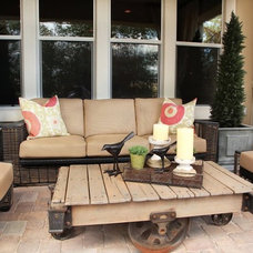 Eclectic Porch by BUNGALUXE