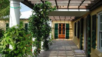 Sunrise House Entry Pergola
