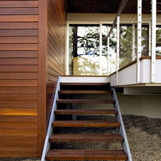Modern Porch by Jonathan Schloss / Architect
