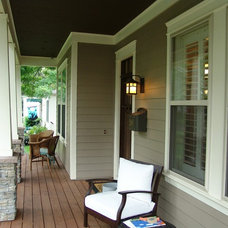 Traditional Porch by Bay Harbour Homes, LLC