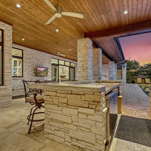 Inspiration for a contemporary porch remodel in Austin